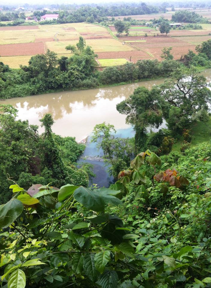 Vang vieng kayaking joy and journey for Domon river guesthouse vang vieng