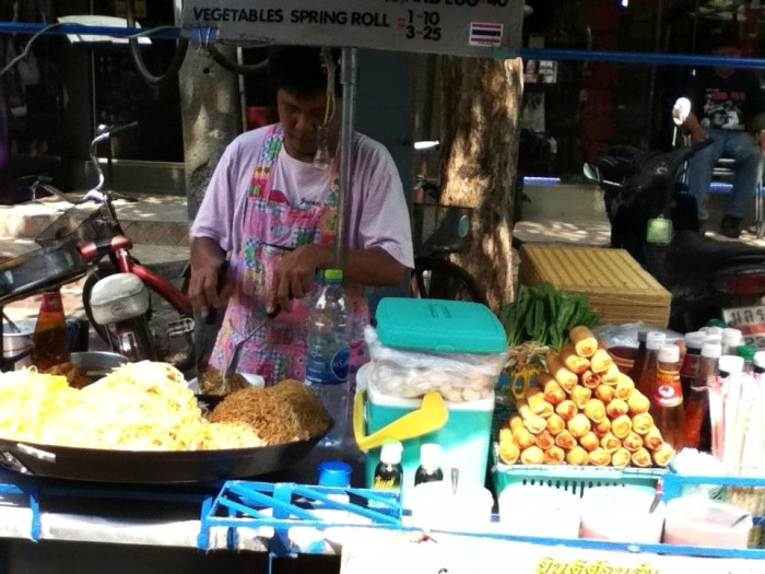 Street pad thai, vegetarian for 30THB - EVERYDAY!