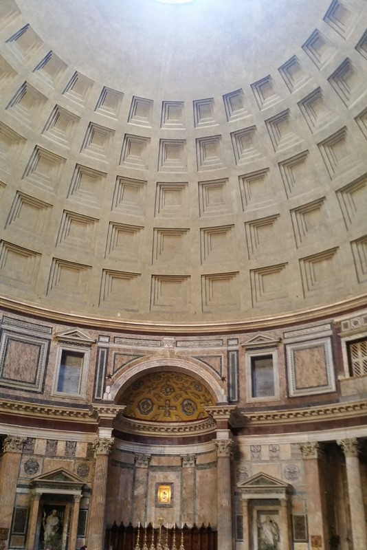 Pantheon Inside Rome