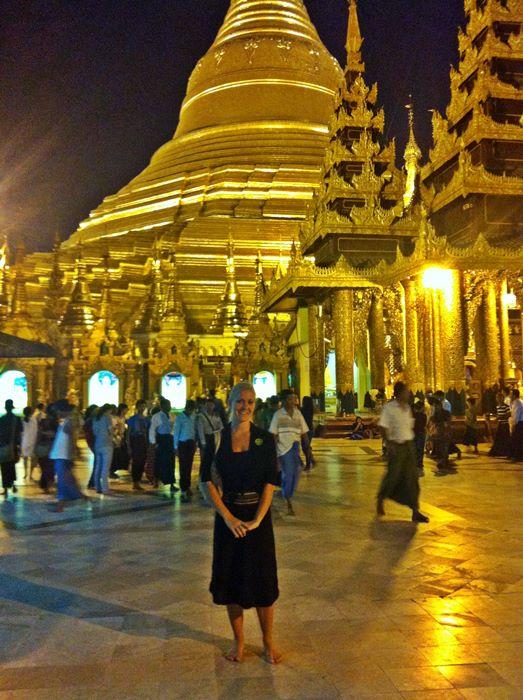 Selfie Yangon Myanmar Schwedagon