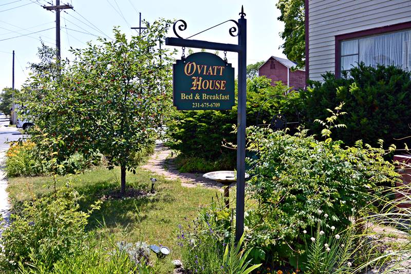 Oviatt House Bed and Breakfast Traverse City Tourism