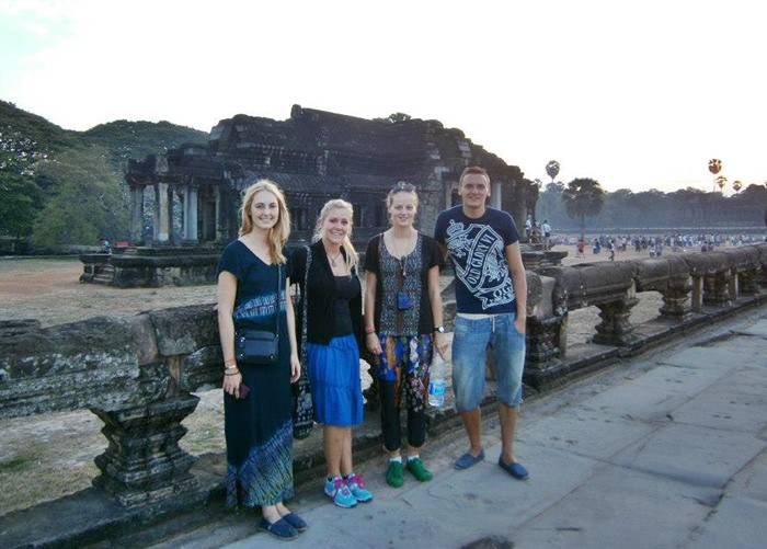 Angkor Wat Friends