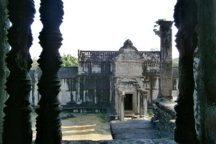 Angkor Wat Hallway