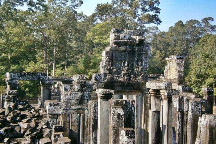 Angkor Wat Ruins 3