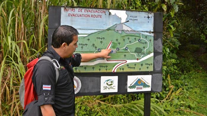 La Fortuna Arenal Volcano Hike (12)