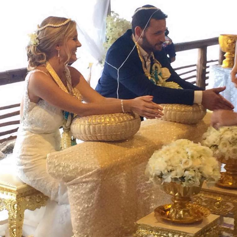 Getting Married in Koh Thailand, in the Thai Way
