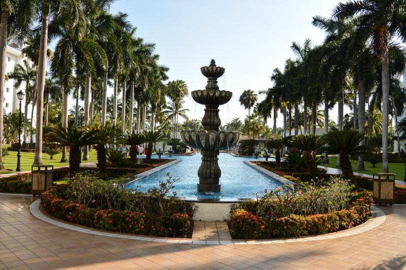 All Inclusive Resort Puerto Vallarta Mexico - Riu Jalisco