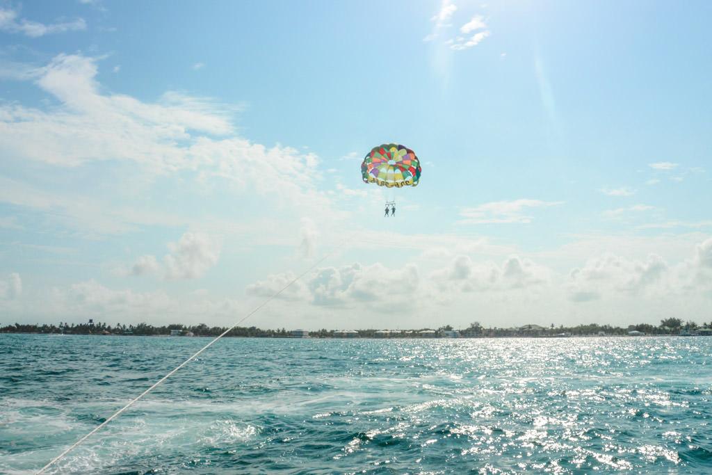 Parasailing in Belize: San Pedro, Ambergris Caye Tandem Parasail