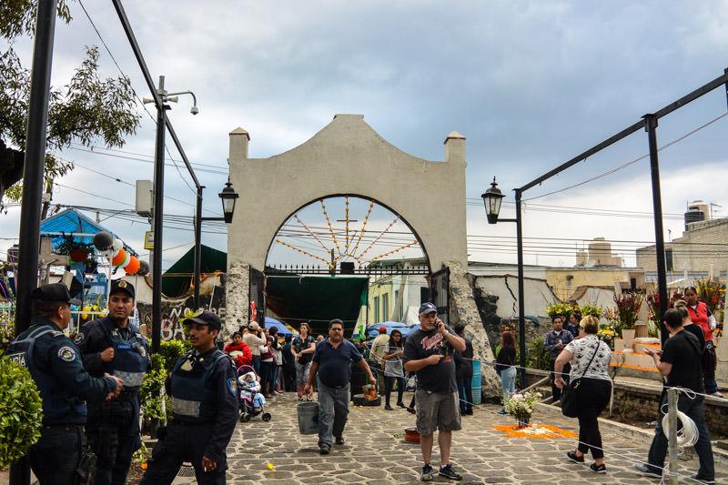 Celebrate Day of the Dead Near Mexico City: Mixquic Dia de Muertos