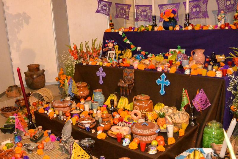 Mexican Day Of The Dead Ofrenda Dia De Los Muertos