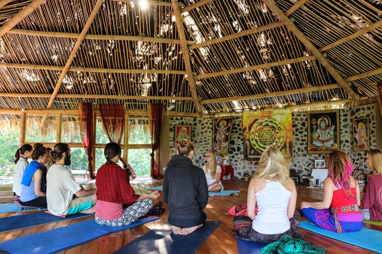 Yoga teacher training in Tzununa, Guatemala